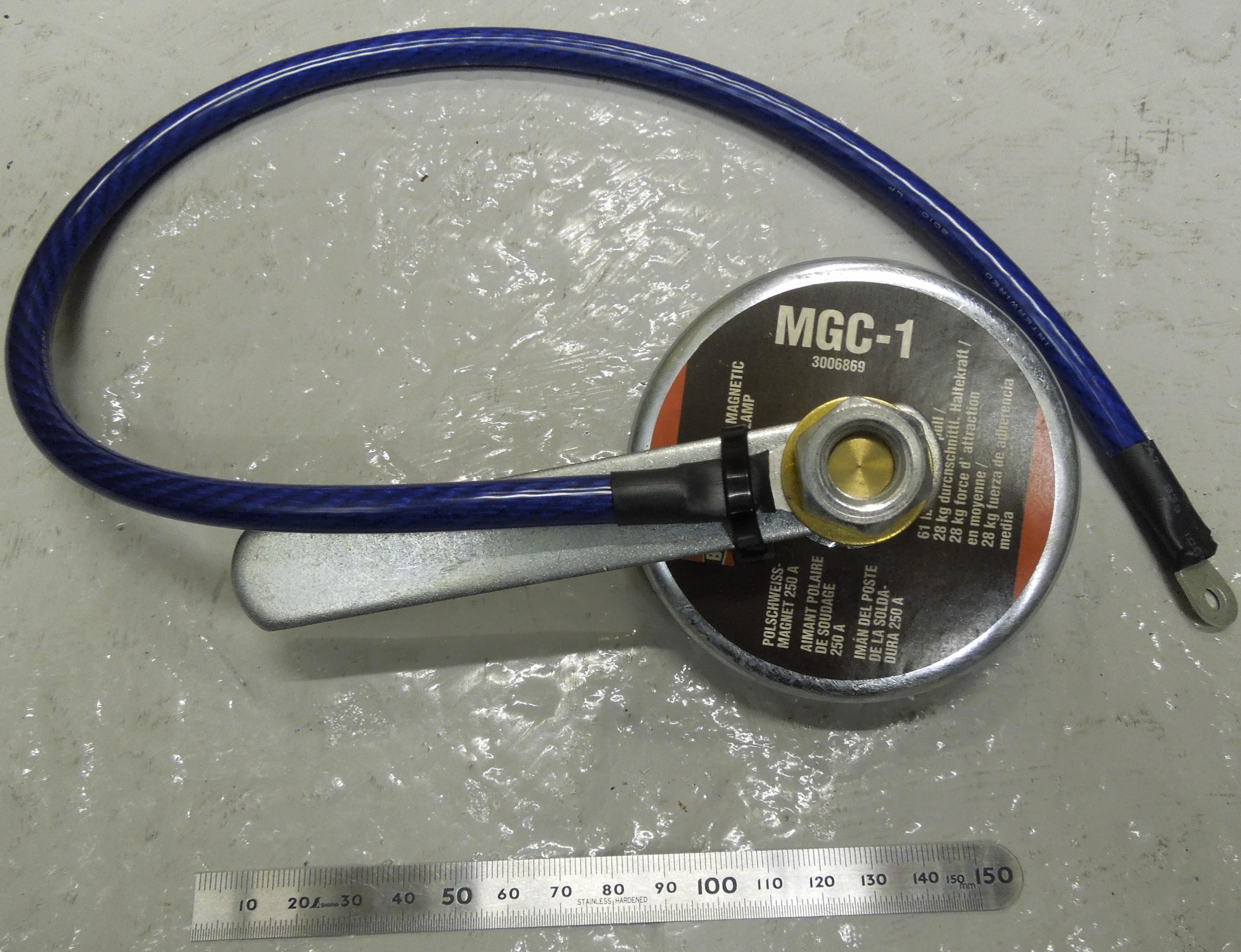 磁石型電極